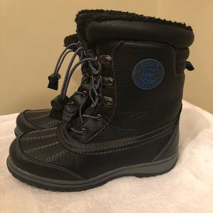 ❄️ Excellent Condition Boys Totes Winter Boots ❄️
